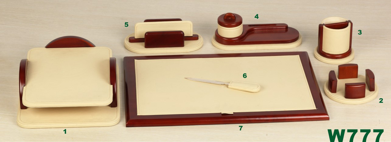 WOODEN AND LEATHER DESK TOP SET